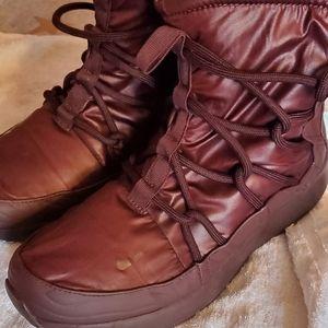 Burgundy Nike Tanjun Women High Rise Athletic Boot